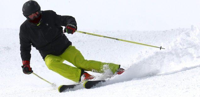 vêtement technique pour pratiquer le ski